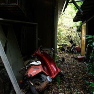 【幽霊が出る家】1年前に人が死んだ家に住むことになったんだが、この家なんかおかしい…