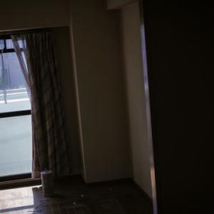 この、人が死にすぎる部屋・・・