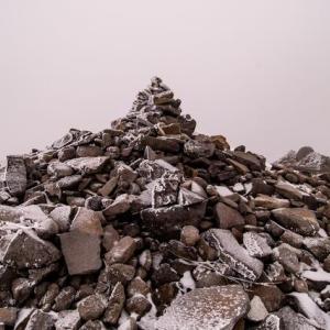 【鹿児島ミステリー】この『直視できない立体映像みたいな石』、どういう仕組みなの?不思議でしょうがない