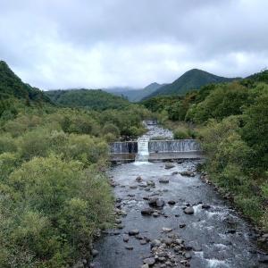 賑わう禁漁間際の釣り(会津地方)