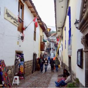 インカの石組みを見学♬