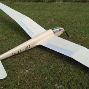 戦前に設計された機体?