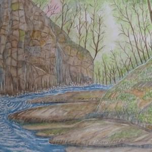 春の峡谷を行く