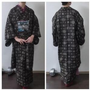 戦前の大島紬のアンサンブルを令和風に着たい