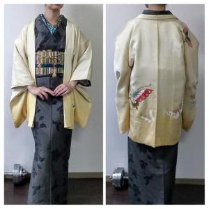 大島紬に絵羽織で『世界のかわいい衣装』展へ