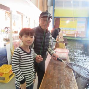 19.11/18  大物がよく釣れております。