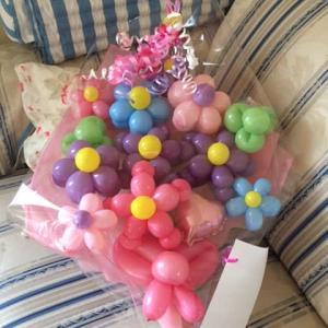 子供のバレエ発表会のプレゼントなら人気のバルーンの花束がお勧め/バルーンコネクション