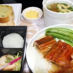 名古屋発上海行き中国東方航空MU720ビジネスクラス機内食サービス