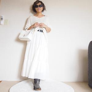 【50代コーデ】ヘビロテ中のユニクロティアードロングスカートにウエスタンブーツを履いて。