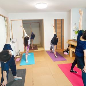 反り腰、膝の過伸展にも気づき、痛みを防ぐ!