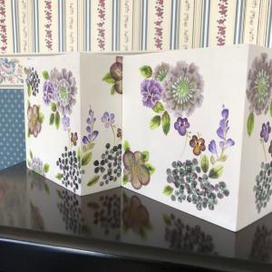 透明感で描くお花♡ボックスに2個も生徒さん作品