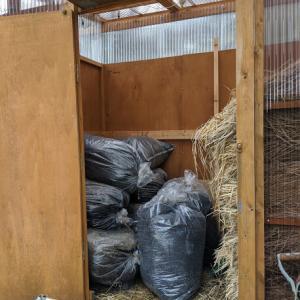農用資材倉庫充実中