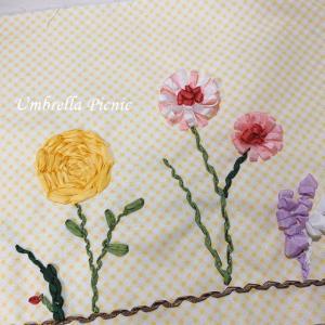 リボン刺繍でお花