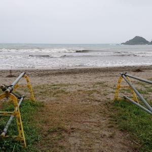 台風が通りすぎた後の海水浴IN弓ヶ浜 南伊豆