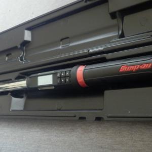スナップオン メモリー機能付きトルクレンチ ATECH3F250BN