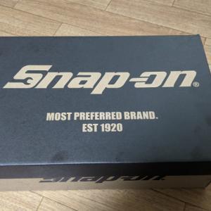 スナップオンの靴