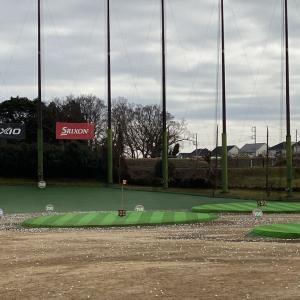 恒例のゴルフ練習です!