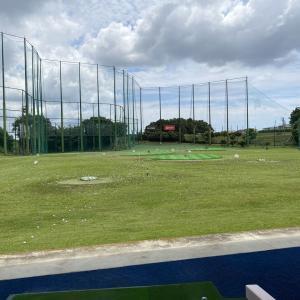 ゴルフの練習です!