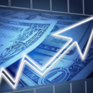 株価暴落の今こそ「投資信託」を始めれば確実に利益が出るんじゃないか
