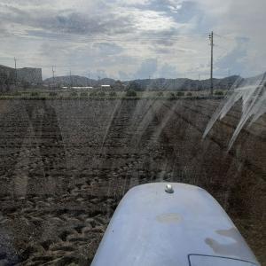 アヒル田の施肥土壌混和