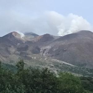 火山の山十勝岳に挑戦
