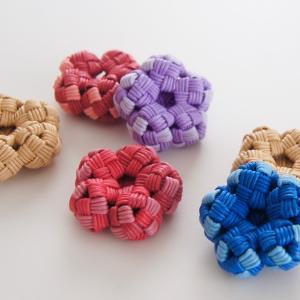 おはじき風のお花*四つだたみ編み