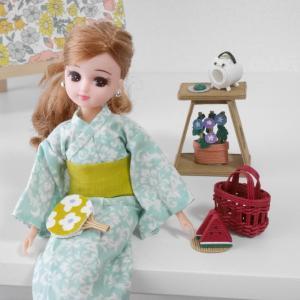お人形のおしゃれ小物と 浴衣のリカちゃん
