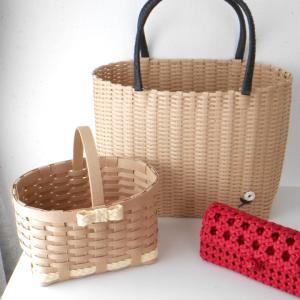 追いかけ編みのシンプルバッグ