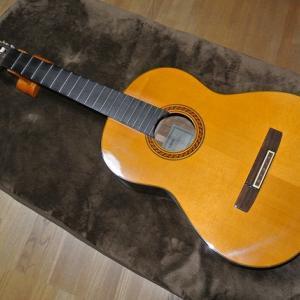 ギターのナット&サドル交換
