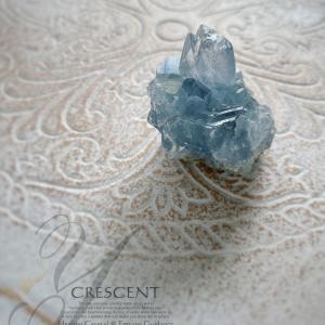 ◆ セレスタイトの原石から《クリスタルリーディング》