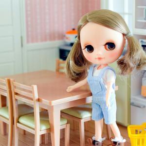 リーメント『わが家のダイニングテーブル』
