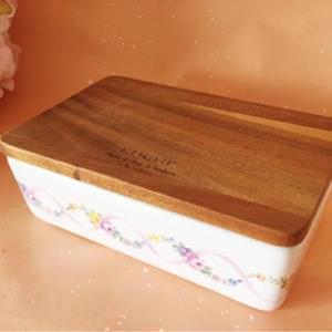 ガーリーでとってもかわいいバターケース