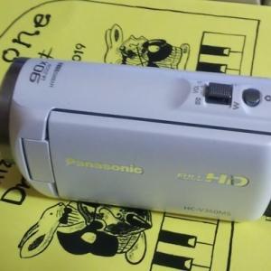音楽教室の発表会のためにビデオカメラを購入した