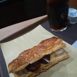 三宮のカフェでお茶✩.*˚