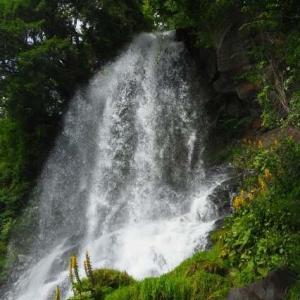 絶景6景バスツアー その2 「乙女滝」
