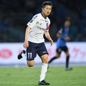 【GIF】レジェンド・三浦カズさん(53)の渾身のシュートをご覧ください