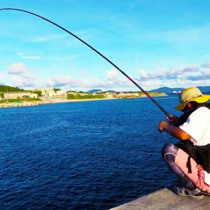 【沖縄本島全域釣り対決 #03】人気のない堤防で最大のHIT!激しい攻防の末ついに…!?【ハイサイ探偵団】