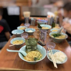 家族で夕飯は横浜ラーメン