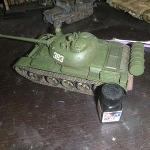 1/35 ソビエト戦車 T-55A エンジングリルの塗装
