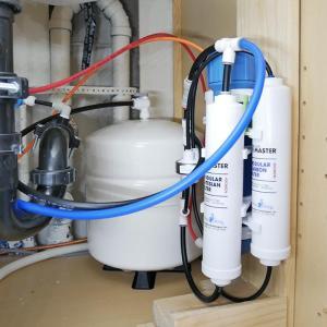 リバースオスモーシスの貯水タンクの圧力