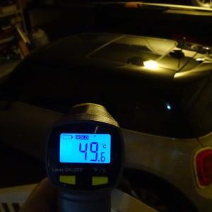 ガレージの中は50℃