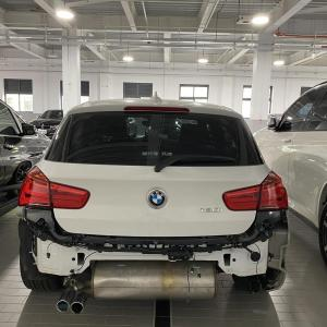 ウイルスのためドイツ本国BMWが動かないからマフラー交換お預けだって
