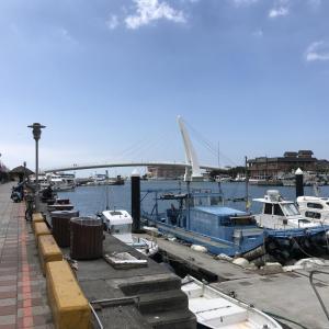淡水漁人碼頭で淡水名物の阿給(アゲ)と淡水魚丸湯ランチして北海岸ドライブデート