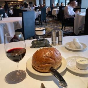 MORTON'S OF CHICAGOの通常はないランチ..