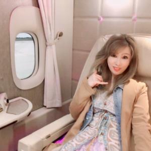 *エミレーツ航空ファーストクラス♪メルセデスミー東京(Mercedes me)
