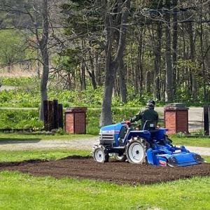 家庭菜園しながら農業も考える