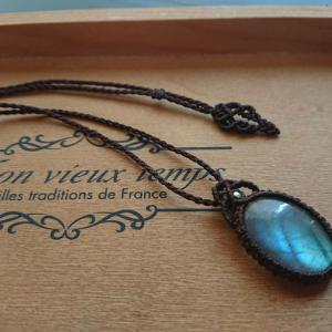 ●Macrame Jewelry ラブラドライト