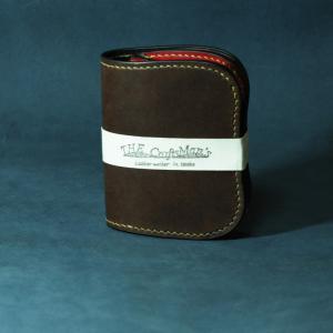 ビルフォードとは違う二つ折りのお財布です。