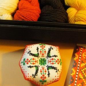 刺繍 東欧のピンクッション8