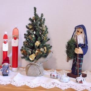 クリスマスオーナメント、やっと飾りました♪